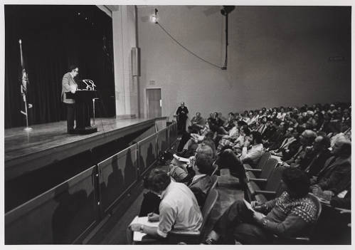 President Rollins addressing ODU Faculty on Norfolk State, 1979